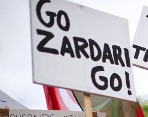 zardari_placard_290