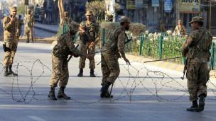 131118031446_rawalpindi_curfew_pakistan_army_304x171_reuters_nocredit