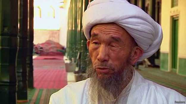 140929052643_juma_tahir_uighur_imam_624x351_reuters