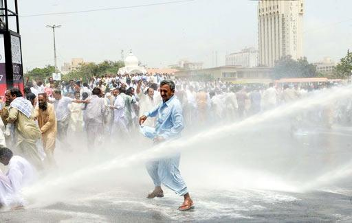 teargas-on-teachers